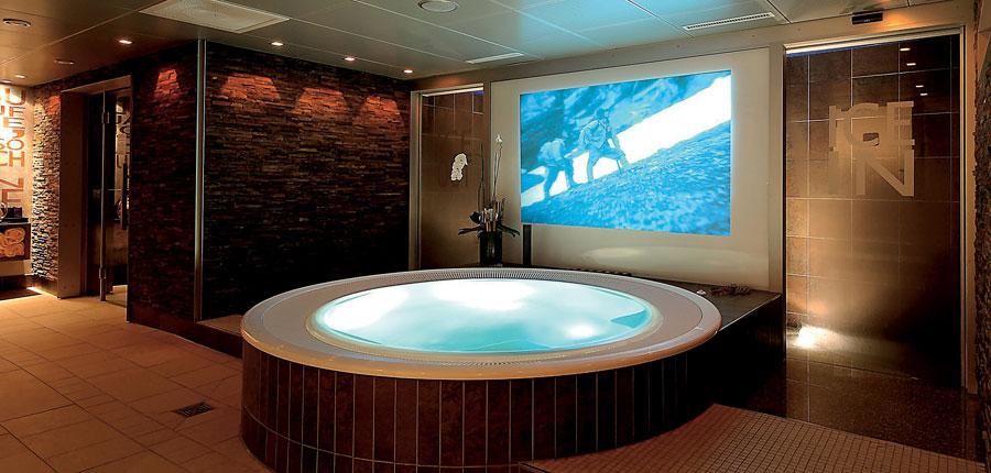 Switzerland_Grindelwald_Hotel-Spinne_Whirlpool.jpg